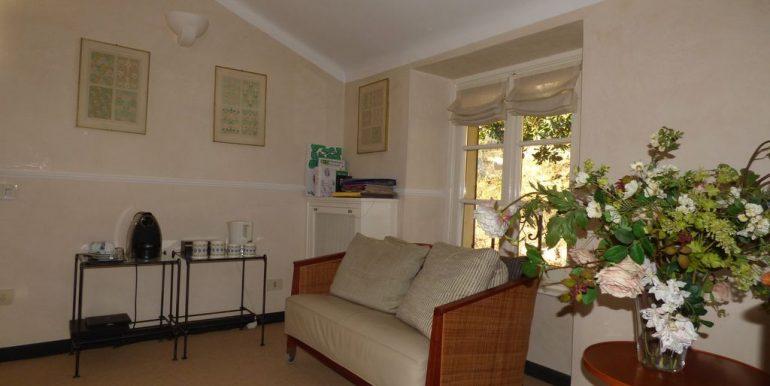 Villa Bellagio with dining room