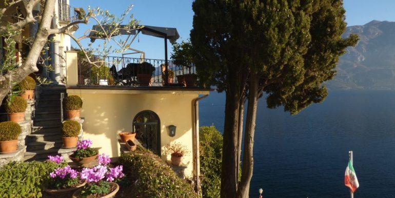 Villa Bellagio with well planted garden