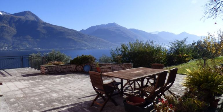 Pianello del Lario Front Lake Villa with Swimming Pool sunny