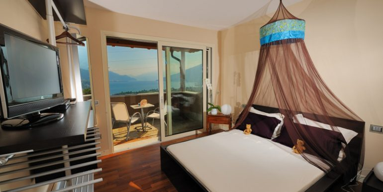 Gravedona ed Uniti Villa double bedroom