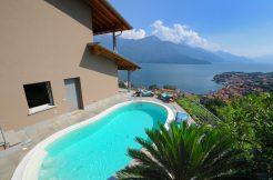 Gravedona ed Uniti Villa with garden