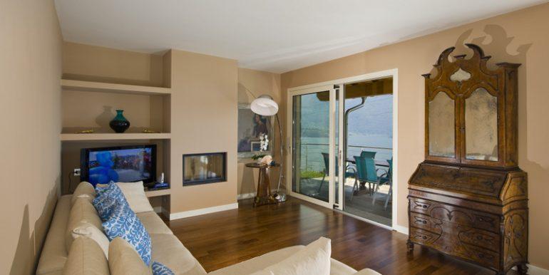 Gravedona ed Uniti Villa - living room