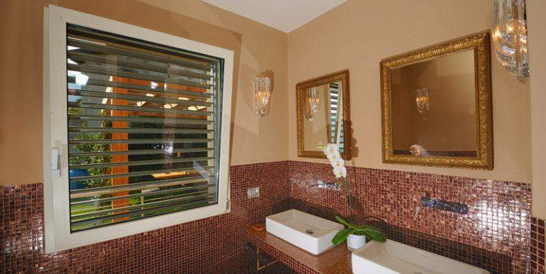 Gravedona ed Uniti Villa - bathroom
