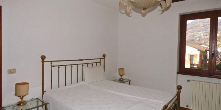Detached House Gravedona ed Uniti - double bedroom