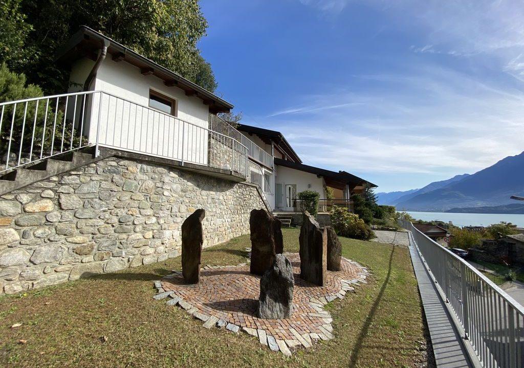 Lake Como Villa with Swimming Pool Gravedona ed Uniti - terrace
