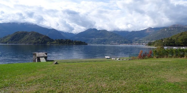 Villas Front Lake Como Colico with Boathouse on the lake