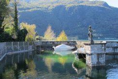 Colico Villa Front Lake sunny location