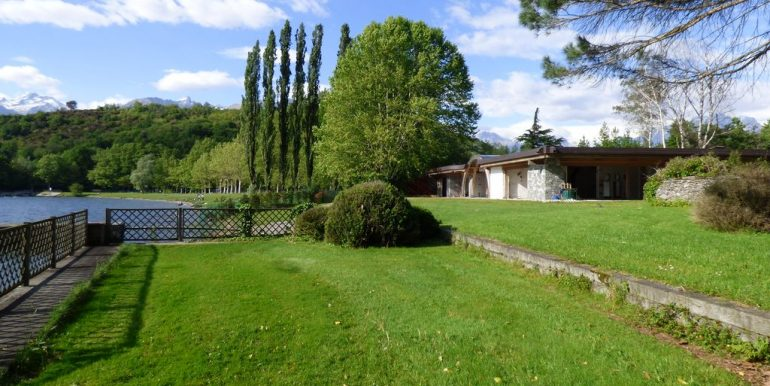 Villas Front Lake Como Colico with Boathouse peaceful location