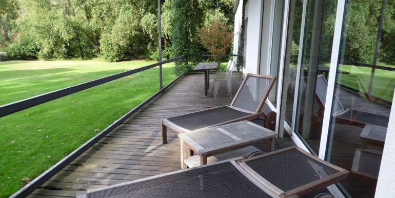Colico Villa Front Lake veranda