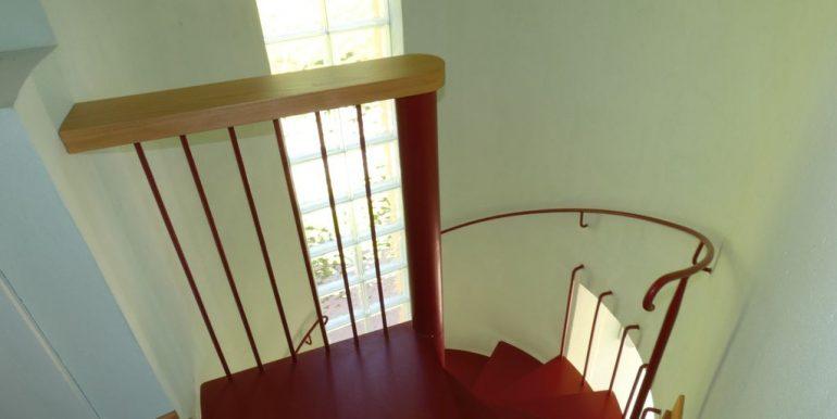 Independent Villa Gera Lario Lake Como - staircase