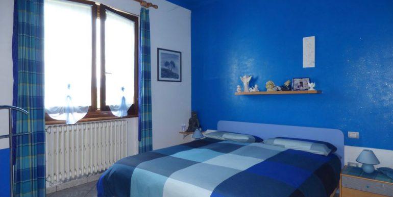 Independent Villa Gera Lario - double bedroom
