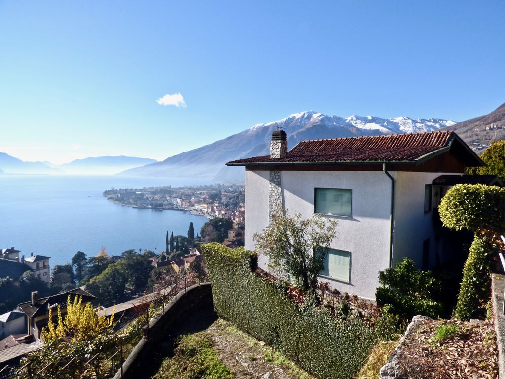 Detached Villa Gravedona ed Uniti with Lake Views