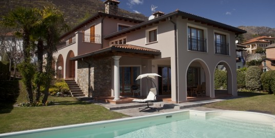 Lake Como Cremia Luxury Villa with Pool