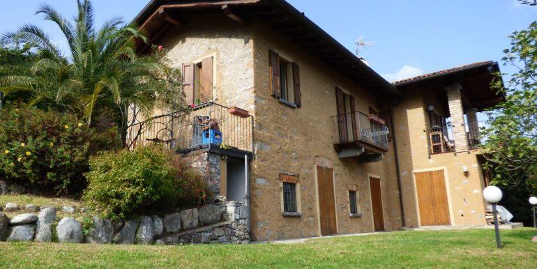 Lake Como Menaggio Detached Villa with Cellar