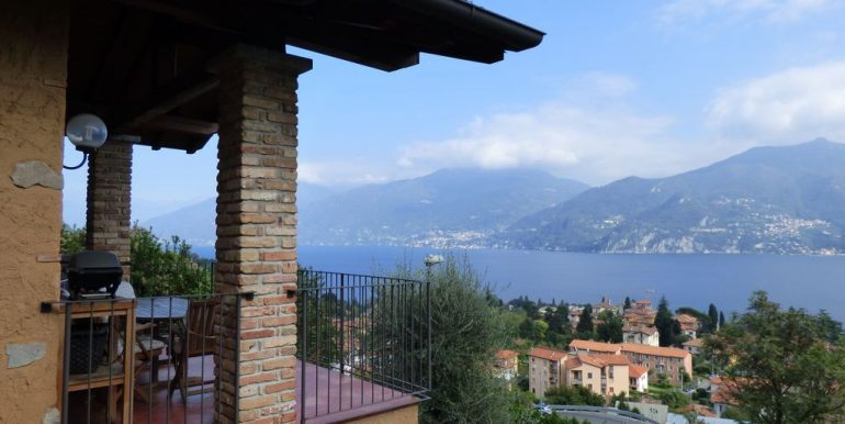 Lake Como Menaggio Detached Villa - lake view