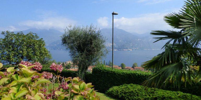 Lake Como Menaggio Detached Villa private garden
