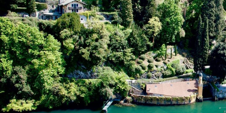 Villa Front Lake Como with Boat Place Torno - outside