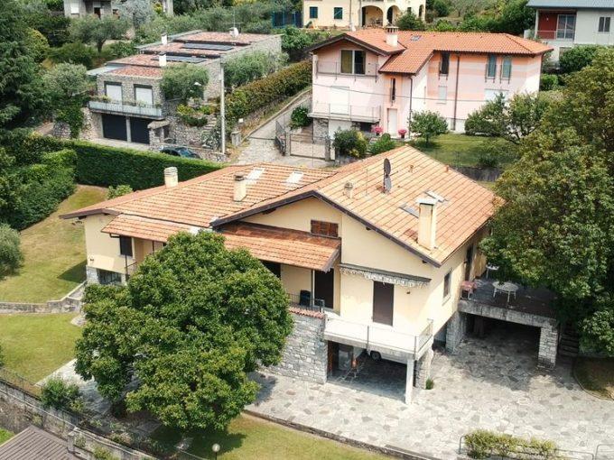 Detached Villa with Lake Como View Mandello del Lario