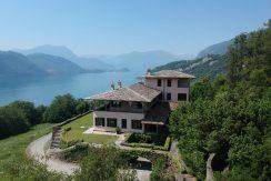 Luxury Villa Lake Como Mandello del Lario with Park