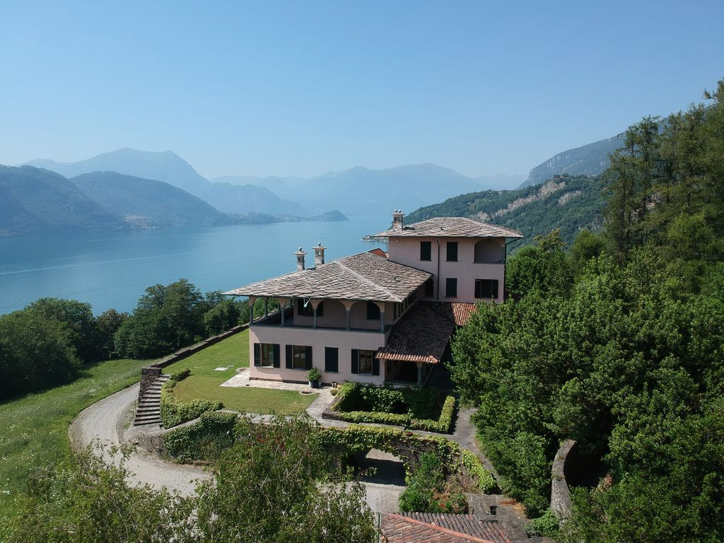 Luxury Villa Lake Como Mandello del Lario with Park