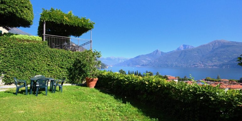 Villa Lake Como Menaggio Central Location - private garden