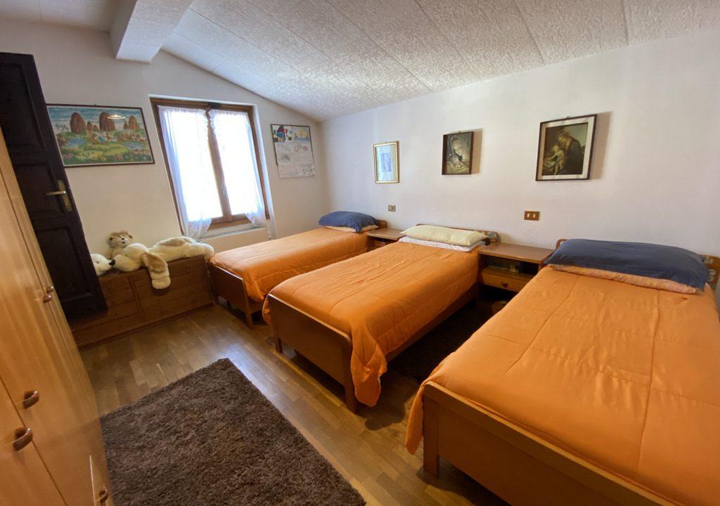 Lake Como Menaggio Villa with Terrace - bedroom