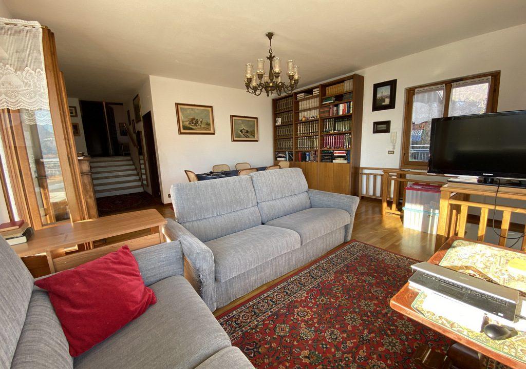 Lake Como Menaggio Villa with Terrace - living