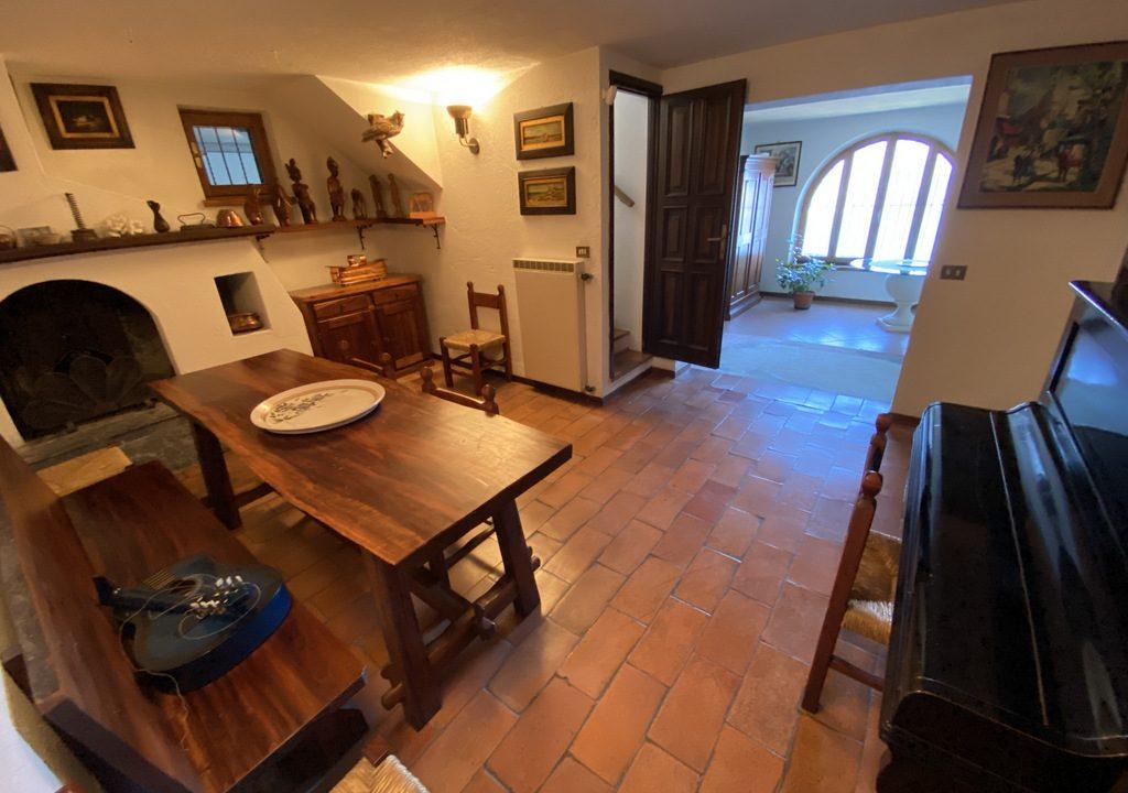 Lake Como Menaggio Villa with Terrace - tavern