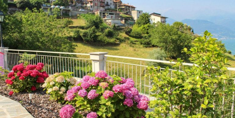 Villa With Lake View Pianello del Lario Lake Como - view