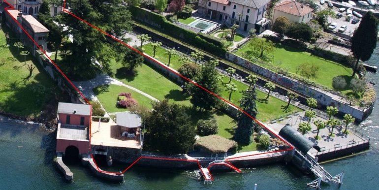 Faggeto Lario Villa with Dock