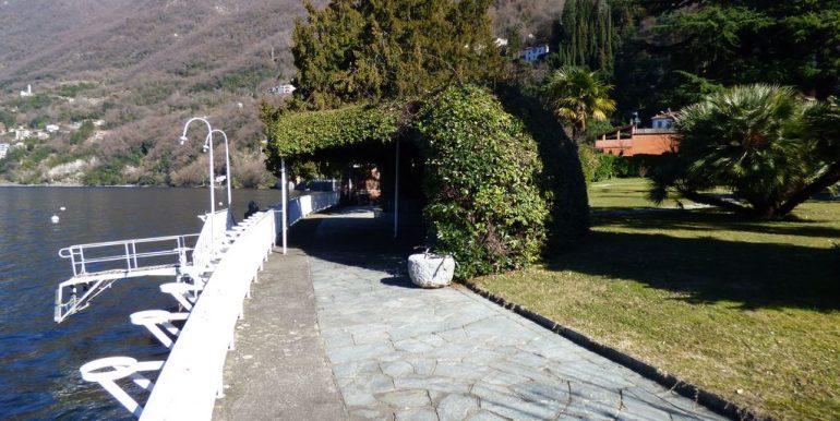 Faggeto Lario Villa Front Lake