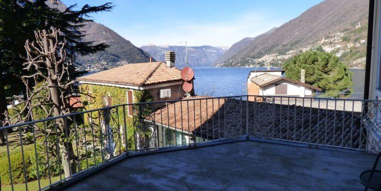 Faggeto Lario Villa - terrace with view