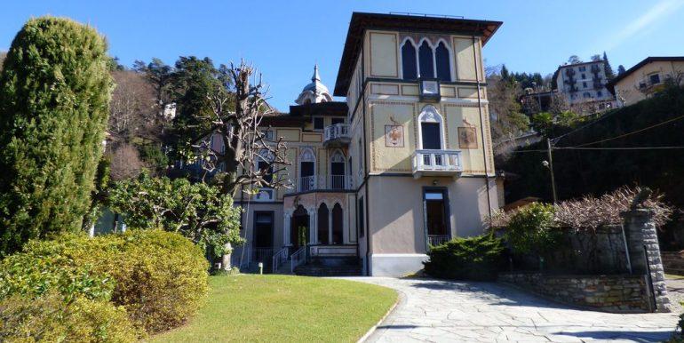 Faggeto Lario Villa excellent finishes