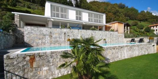 Lake Como Cremia Modern Luxury Villa with Lake View