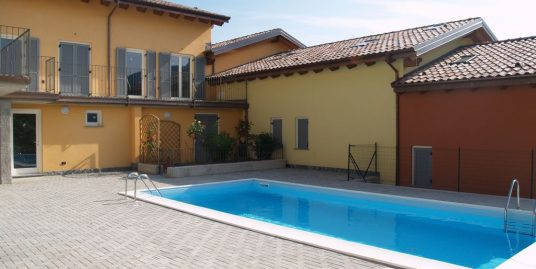 Pianello del Lario Residence with Pool House with Terrace