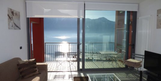 Gera Lario House with Terraces and Lake View