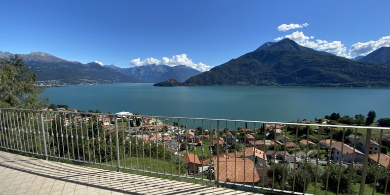 aRid. Foto Pianello del Lario vista lago (53)