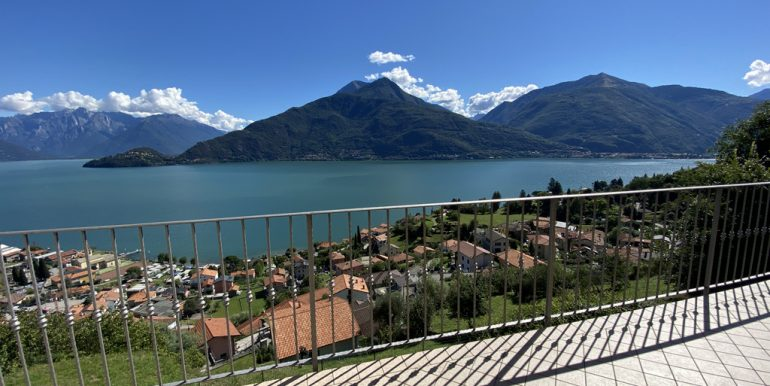 aRid. Foto Pianello del Lario vista lago (54)