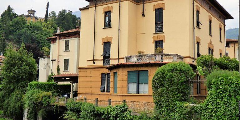 Lago Como Menaggio Appartamento in villa d'epoca