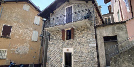 Lake Como Tremezzina House with balcony