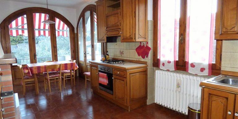 bRid. MC066D Villa Lenno con terrazzi e giardino (19)