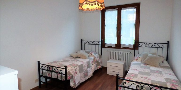 cRid. MC066D Villa Lenno con terrazzi e giardino (11)