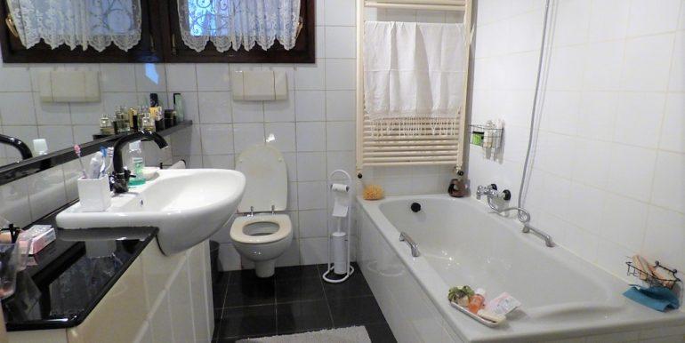 Moltrasio Front Lake House -  bathroom
