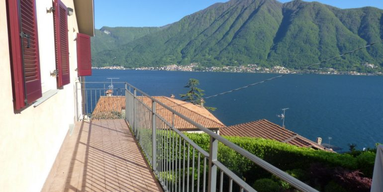 Lake Como Apartment - lake view