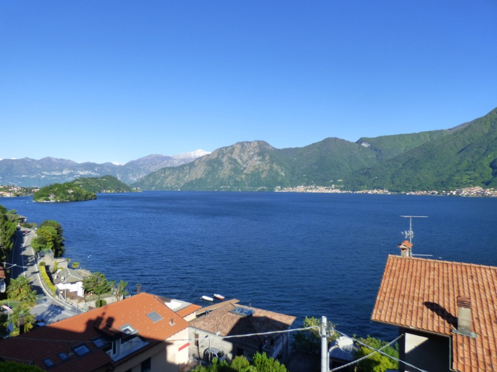Apartment Sala Comacina with Lake Como view