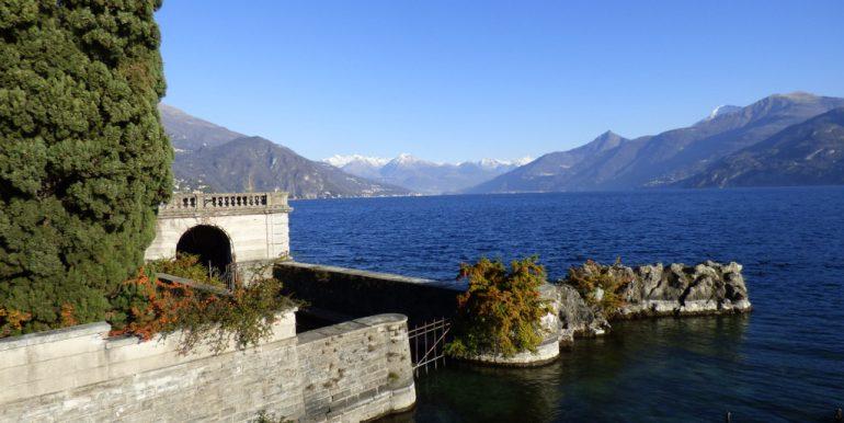 Dock - Lake Como